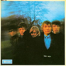 Between the buttons (1967)
